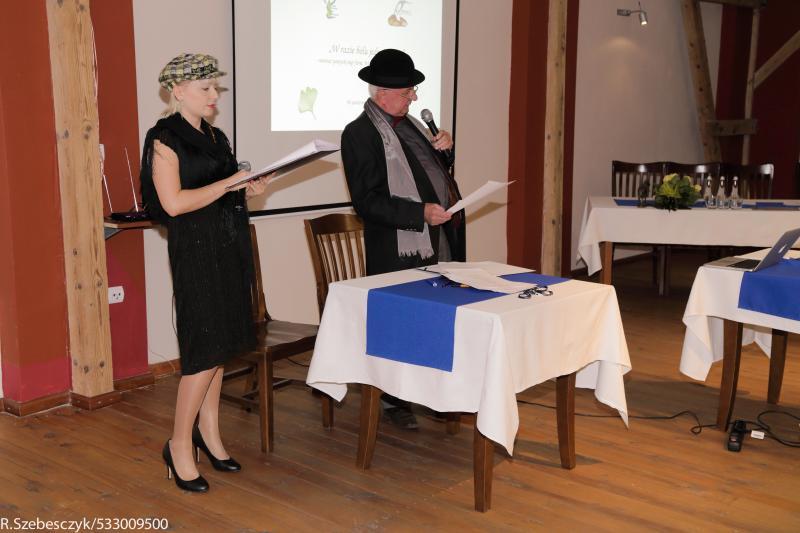 prezentacja-poezji-mgr-waldemara-pyki
