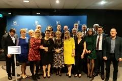 zdjęcie-okolicznościowe-z-delegatami